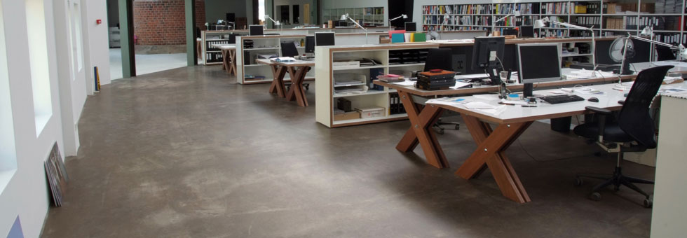 betonlook vloer woonbeton gietvloeren betonvloer. Black Bedroom Furniture Sets. Home Design Ideas
