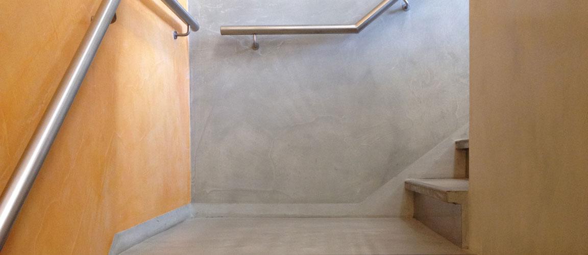 Wanden Van Steigerhout : Woonbeton Betonvloeren Betonlook vloer Beton ...