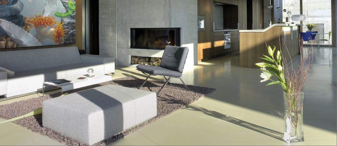Betonvloer in de woonkamer - Designbetonvloer.nl