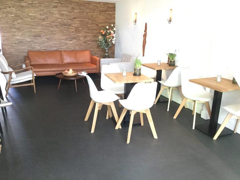 Een strakke en moderne look met betonvloeren in uw woning